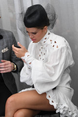 Make sure you have enough battery to post all your social media, like Sofia Richie.