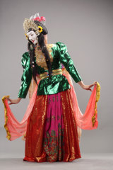 Didik Hadiprayitno in his two- faced mask dance in <i>BOLD II</i>