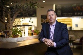 Restaurant owner Robert Cooke says JobKeeper helped his business survive Melbourne's big lockdown.