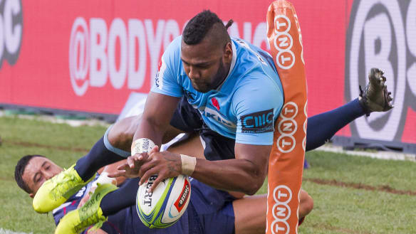 Six-try Waratahs sizzle in the heat against wilting Rebels