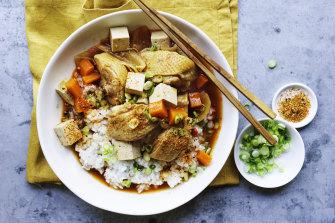 Korean-style braised chicken with tofu.