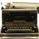 Sir Joh's personal typewriter. His personal writing desk is also up for sale.