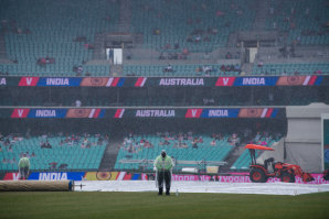 Rain affected play on the first day of the third Test at the SCG.