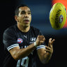 Betts back for Crows clash, Bulldogs name two former Hawks