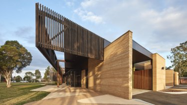 GEGAC Brabuwooloong Medical Centre by Baldasso Cortese.