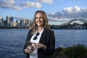 Sydney woman Laura Middleton thinks vaccine badges on dating apps would be a good idea.