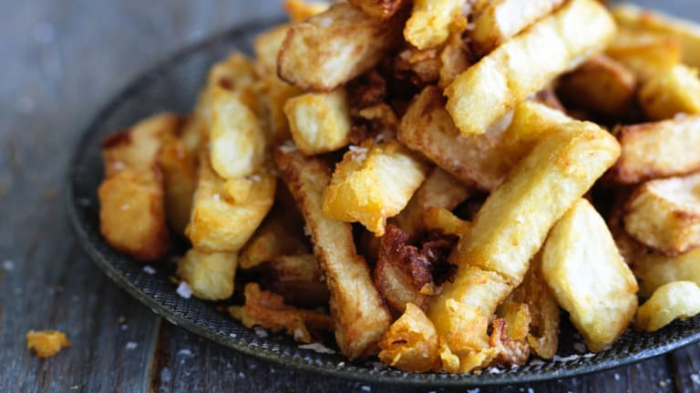 Harvard Chan School's Eric Rimm wants us to eat only six chips with a meal.
