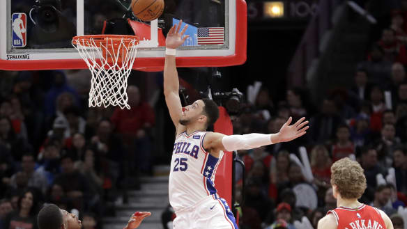 Simmons scores 32 to pace 76ers past Bulls