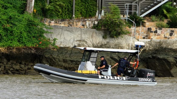 Missing rower sparks Brisbane River search