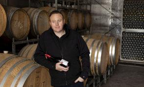 Winemaker Chris Carpenter is backing FSANZ's proposed new pregnancy warning label for alcohol bottles.