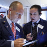 US stocks move broadly lower to start holiday-shortened week