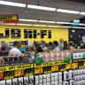 'It's crazy': Calls for stores to close as staff fear for their health