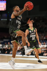 Keifer Sykes notched a triple-double against the Bullets.