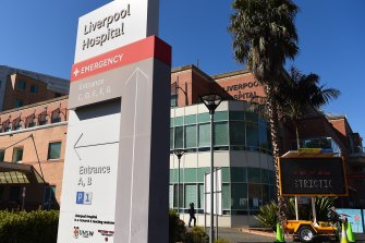 Twenty-four patients catch COVID at Sydney hospital in one week