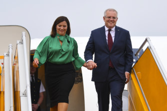 Prime Minister Scott Morrison (right) and his wife Jenny at Noi Bai Airport in Hanoi, Vietnam, on Thursday.