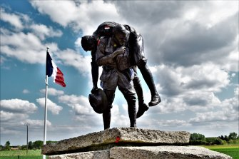 The Cobbers statue at Fromelles, France.