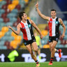 Misery for Giants as Saints march into finals