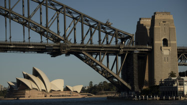 Trains will stop running across the Sydney Harbour Bridge for the first 10 days of the new year.