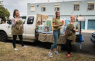 No vegan tacos: The Roving Refills ''food truck'' sells cleaning products. Left to right: Raphaelle Lagier, customer Mia Langes and Claudine Lagier.