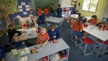 Macdonald Valley Public School has only 11 students.