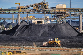 The port of Gladstone is the largest port in the state, shipping among other commodities large amounts of coal and natural gas.
