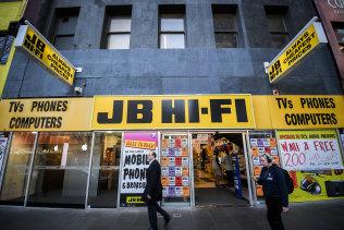 Electronics retailer JB Hi-Fi has confirmed it will temporarily shut its metropolitan Melbourne stores.