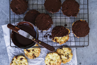 Flourless almond and chocolate crisps.