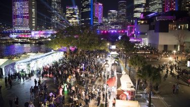 Tourism Minister Stuart Ayres  attributed the success of Vivid's opening night to the removal of construction barriers around Circular Quay.