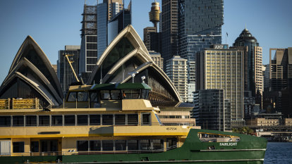 Emerald ferries sail into Sydney Harbour on way to replacing Freshwaters