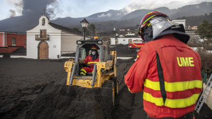Residents flee as lava from volcanic eruption spreads on Spain's La Palma