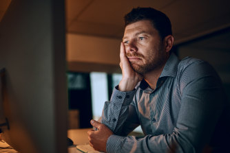 New research suggests people working the night shift are at nearly double the risk of contracting COVID-19 than those who work during the day.