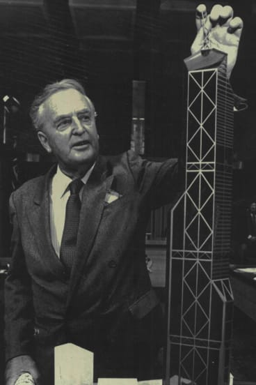 Sir Joh with a model of Brisbane Central, which would have been the world's tallest building.