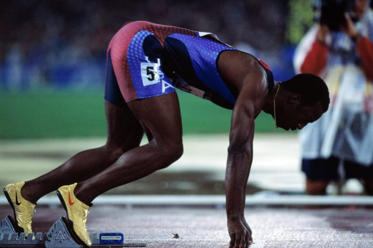 Michael Johnson lines up for the 400m final at the 2000 Sydney Olympics.