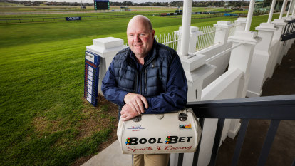 Stepping back in the ring: bookies' return a huge boost for Warrnambool