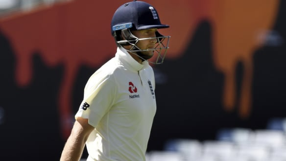 England narrowly avoid their lowest total in Test cricket history