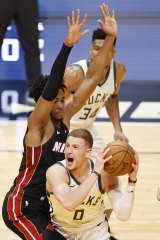 Donte DiVincenzo in action for Milwaukee.