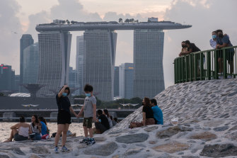 The Morrison government is now targeting the end of 2021 for a Singapore-Australia travel bubble.