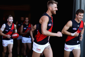 Jones shines as Bombers break to early lead