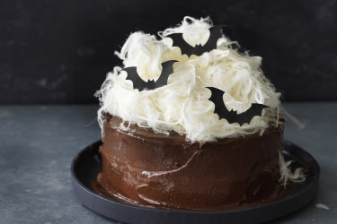 Helen Goh Recipe - Delivish Chocolate Cake for Halloween.