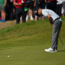 Louis Oosthuizen on track for wire-to-wire win at British Open