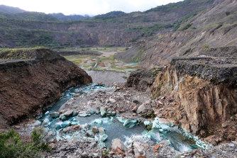 The Panguna copper mine in Bougainville was closed in 1989.