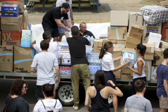 Volunteers at Bondi prepare donations to be sent to bushfire affected areas.