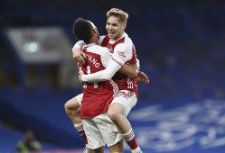 Arsenal held on after Emile Smith Rowe pounced on a Chelsea mistake to keep their slim hopes of salvaging a Europa League spot alive.