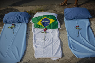 A protest against the Brazilian government's pandemic response outside the Raul Gazzola hospital in Rio de Janeiro.