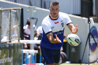 Corey Allan training with the Bulldogs.