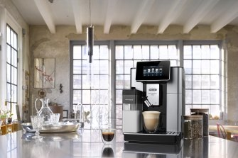 Automatic coffee machines don't have to be expensive, but the DeLonghi PrimaDonna Soul is and it's glorious.