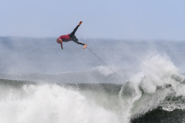 'Scarier' than predicted: Heavy conditions at Bells Beach cause carnage