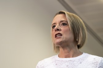 Labor's home affairs spokeswoman, Kristina Keneally, wrote to the PM on Friday to offer a compromise that could pass the aviation security changes while negotiating a separate bill to cover shipping and ports.