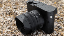The Leica Q2 Monocrhom.