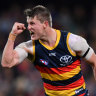 Gritty Crows fight back against St Kilda to keep finals hopes alive